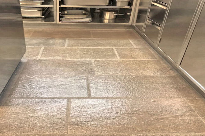 Gastronomy kitchen: Anti-Slip Flooring with SWISSGRIP