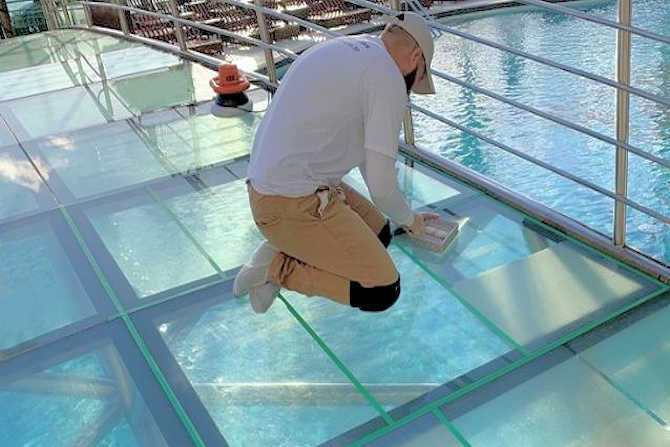 Glass floor panels with SWISSGriP anti-slip