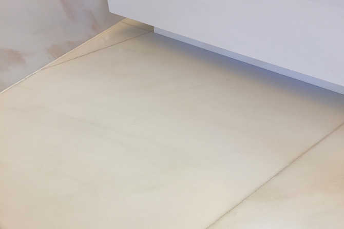 Anti-slip coating of bathroom tiles