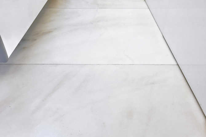 Retrofit anti-slip: Marble tiles