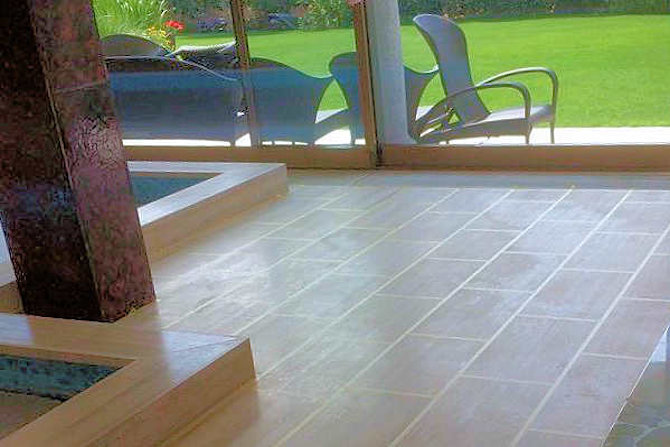Travertine tiles with SWISSGriP