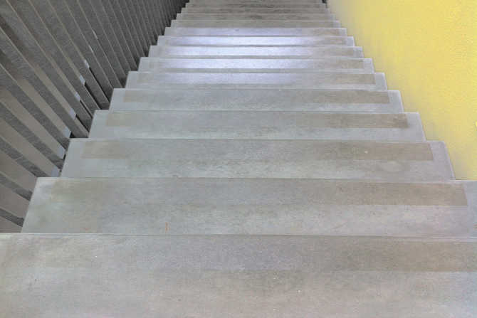 Concrete stone stairs with SWISS GriP